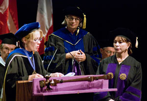 HumanitariAuthors Isabel Allende and William C. Gordon Receive Honorary Degrees