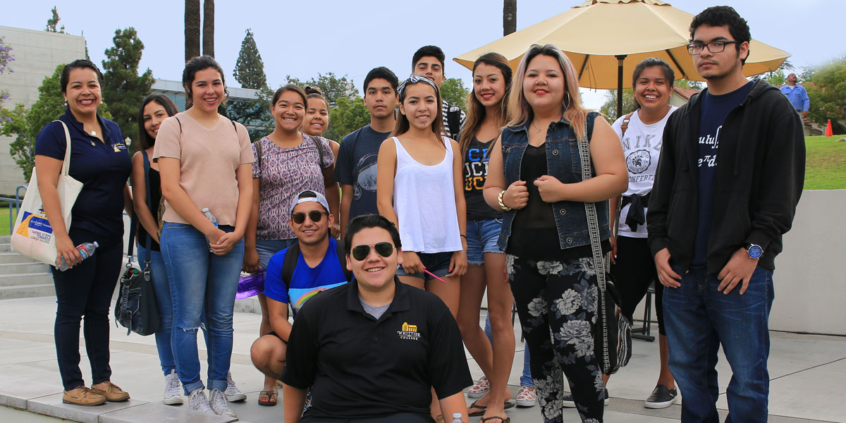 Students enjoy campus tour led by Admission Ambassador