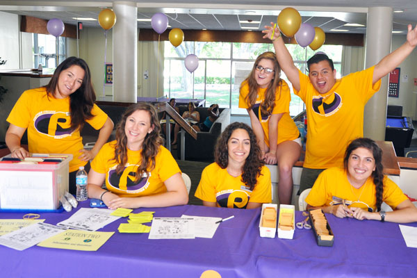 Resident Advisors welcome new students on move in day